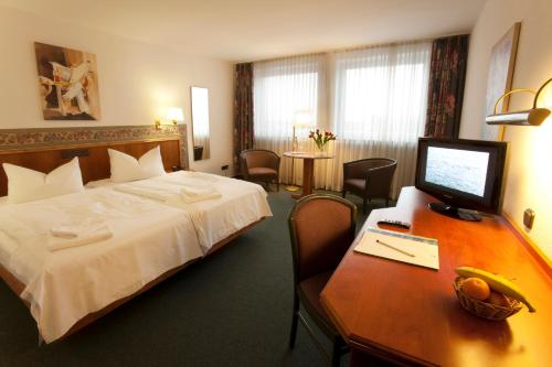 TOP Hotel Post Frankfurt Airport photo 16