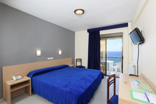 Trippelrom med havutsikt (Triple Room with Sea View)
