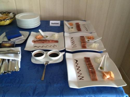 Hostal Restaurante La Ilusion Hotel - room photo 11388542