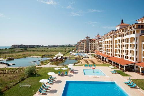 Sunrise All Suites Resort- All Inclusive