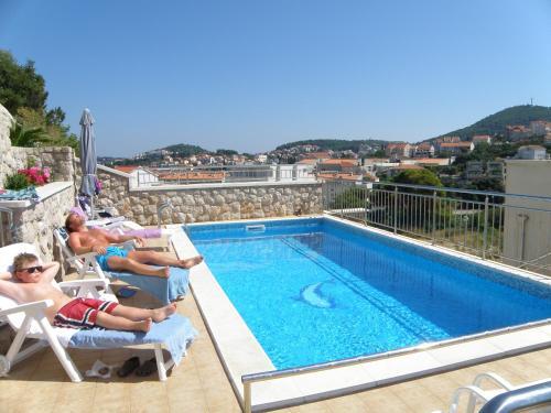 Villa Borna Apartments