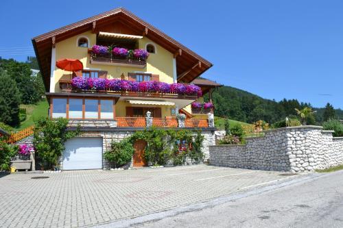 Gästehaus Sonnenhang - Apartment mit 1 Schlafzimmer und Balkon