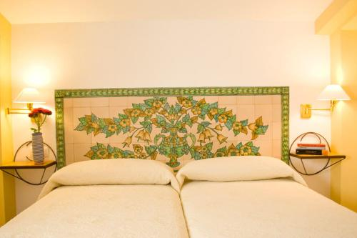 Three-Bedroom Apartment (6 Adults) - single occupancy Hotel Rural El Molino de Felipe 3