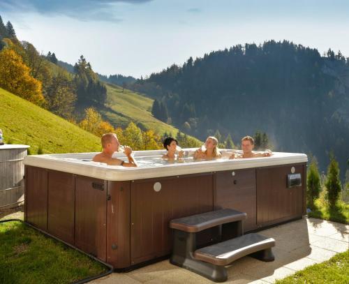Pension Bergbauernhof Irxner - Familienzimmer mit Balkon