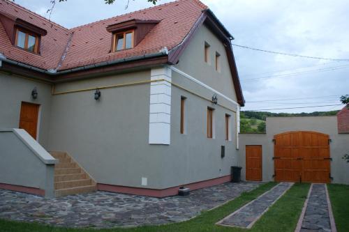 Отель Pensiunea Michael 4 звезды Румыния