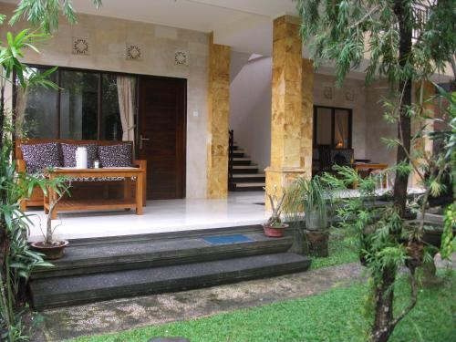 Gerhana Sari 2 Hotel