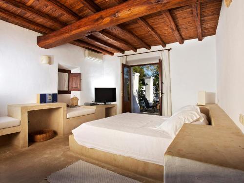 Superior Double Room Agroturismo Ca n'Escandell 8