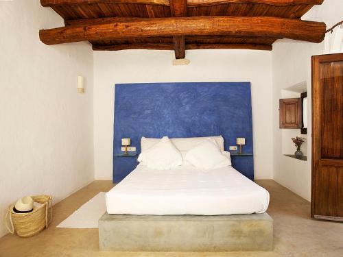 Superior Double Room Agroturismo Ca n'Escandell 4