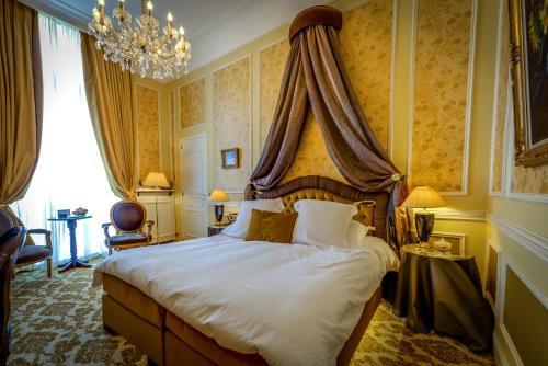 Hotel Heritage, Credebel