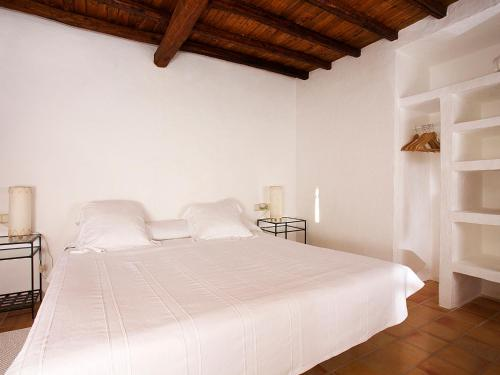 Superior Double Room Agroturismo Ca n'Escandell 1