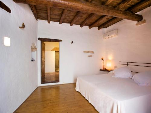 Double or Twin Room Agroturismo Ca n'Escandell 2