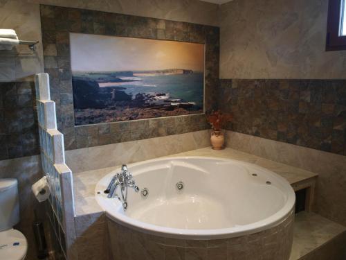 Dúplex Superior con bañera de hidromasaje Hotel Rural Posada El Solar 2