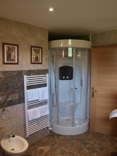 Dúplex Superior con bañera de hidromasaje Hotel Rural Posada El Solar 3