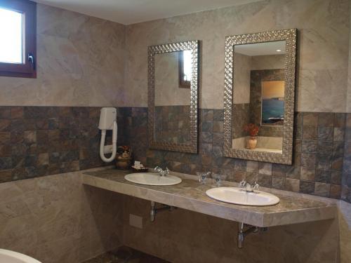 Dúplex Superior con bañera de hidromasaje Hotel Rural Posada El Solar 5
