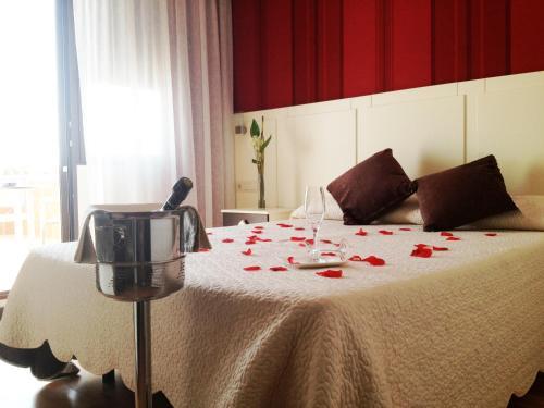 Oferta Especial - Habitación Doble - 1 o 2 camas Hotel la Bastida 4