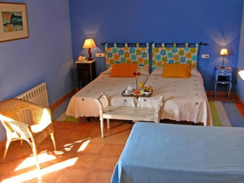 Double or Twin Room with Extra Bed Hotel La Garapa 1