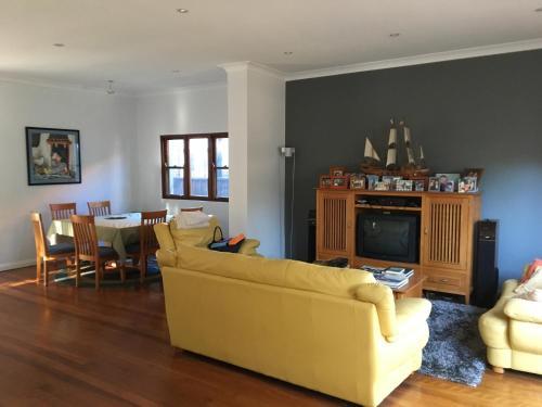 Maroubra rooms in modern house