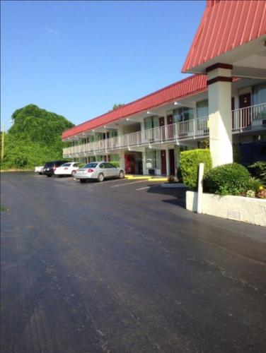 I-81 Hotels Motels Tennessee - Roadnow
