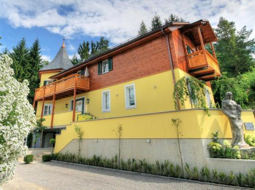 Hans Mauracher Schlössl - Apartment mit 1 Schlafzimmer und Balkon