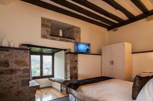 Double Room - single occupancy Hotel Torre Zumeltzegi 5