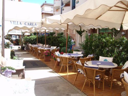 Hotel Villa Carla front view