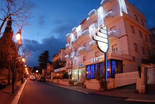 Hotel Ristorante Le Terrazze Sul Gargano (San Giovanni Rotondo) da ...