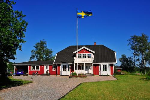 Photo of Björkelunda Bed & Breakfast Hotel Bed and Breakfast Accommodation in Ärla N/A