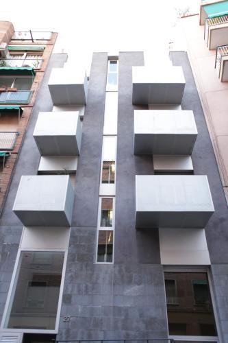 Sants BBR Apartments