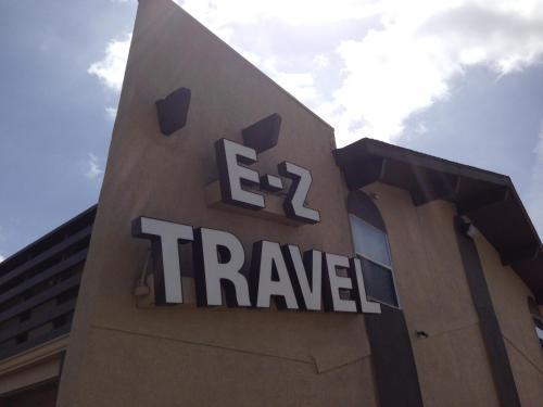 EZ Travel Inn College Station