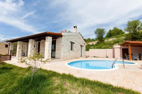 Afroditi House