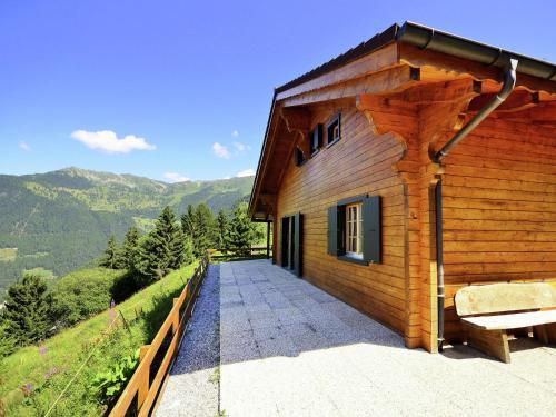 Stunning Mountain View Chalet in La Tzoumaz
