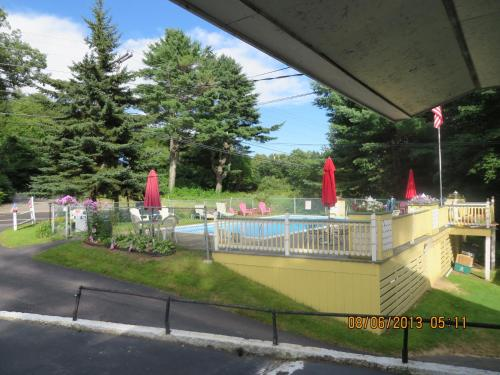 Lake Winnipesaukee Motel Laconia Nh United States Overview