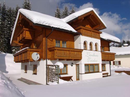 Landhaus Trinker - Apartment mit 2 Schlafzimmern mit Balkon