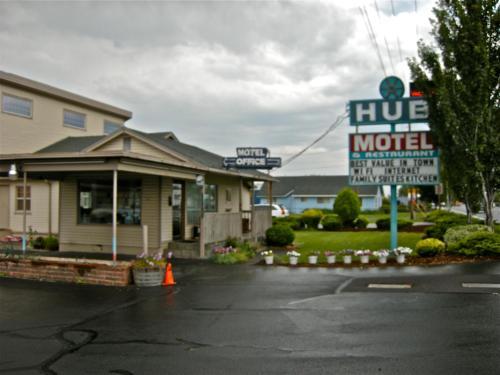 Hub Motel