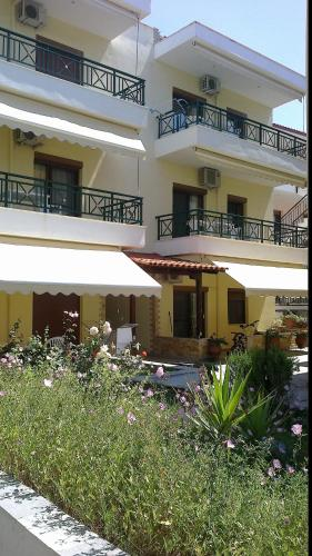 Lemonis Panagiotis Apartments