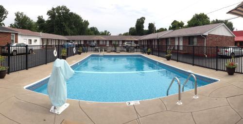 Moonlite Motel Niagara Falls NY, 14304