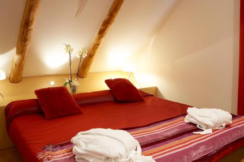 Superior Double Room Hotel Sant Roc 13