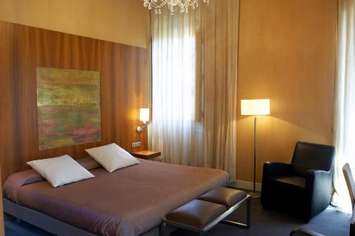 Suite Junior Hotel Sant Roc 7