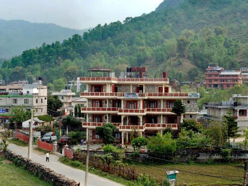 Hotel Tibet Home front view