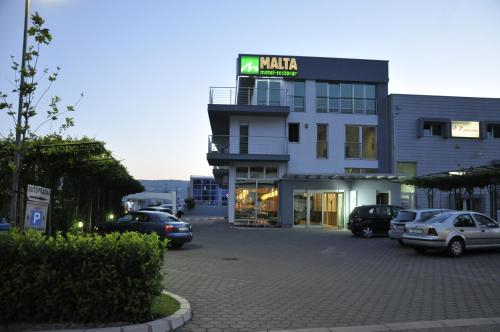 Motel Malta front view