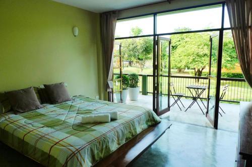 Отель Doem Bang Villa Supanburi 3 звезды Таиланд