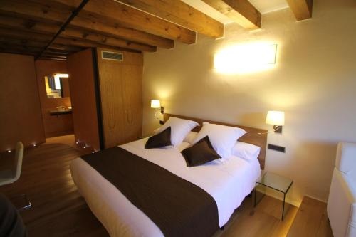 Double Room Hotel Can Cuch 10
