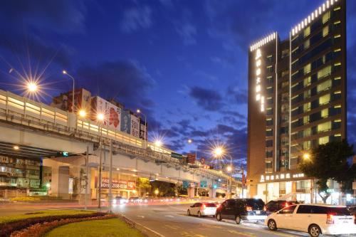 K Hotel Taipei Dunnan front view