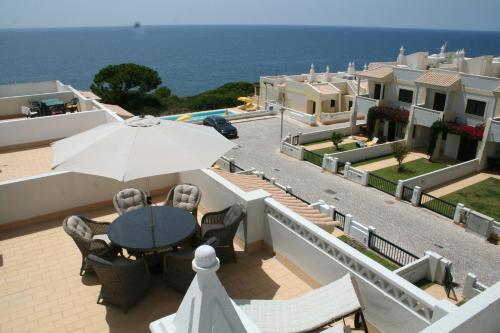 Terracos De Benagil Carvoeiro Algarve Portogallo
