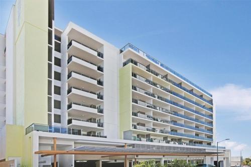 Darwin Executive Apartments on..