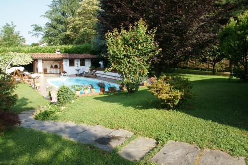 foto Villa Donatella (Mezzomerico)