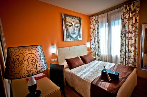 Single Room Hotel Condes de Castilla 2