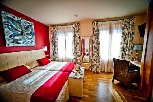 Zweibettzimmer Hotel Condes de Castilla 5