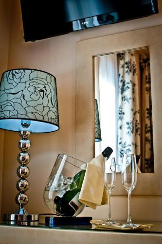 Dreibettzimmer Hotel Condes de Castilla 3