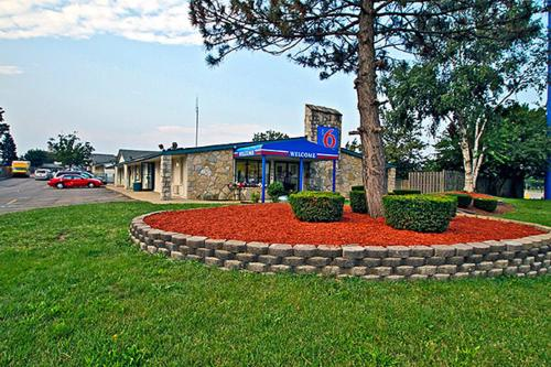 Picture of Motel 6 Kalamazoo